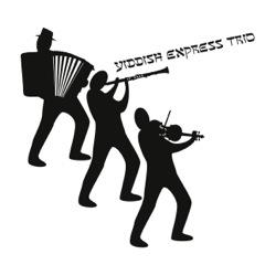 YET-trio2-3
